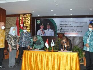 Penandatanganan Kesepakatan Bersama pemerintah Provisni Sumatera Barat dengan IJBC di Balairung Jakarta.