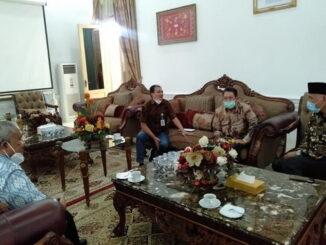 Pertemuan Badan Pengurus YMMY dan Rektor UMMY dengan gubernur Mahyeldi.
