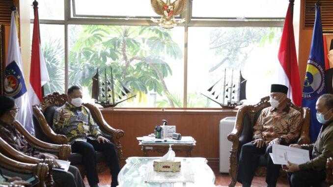 Pertemuan Gubernur Sumbar Mahyeldi denagan Mendagri Tito Karnavian