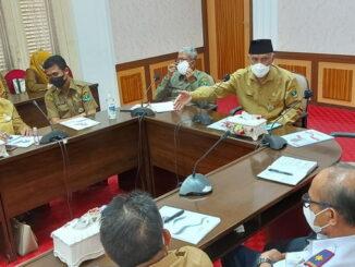 Rakor perencanaan kegiatan Tour de PDRI di ruang rapat Gubernuran.