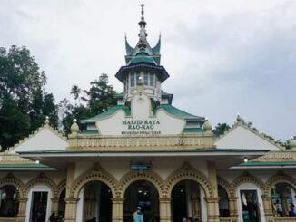 Salah satu masjid yang dikunjungi Tim Ramadan Kab. Tanah Datar.