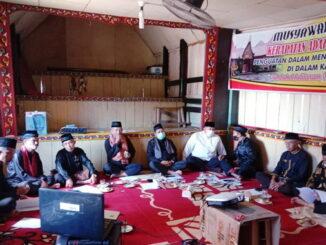 Musyawarah Datuak Nan Salapan Kerapatan Adat Nagari (KAN) Saniang Baka.