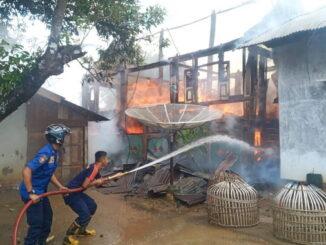 Pemadaman kebakaran di Ibuah.