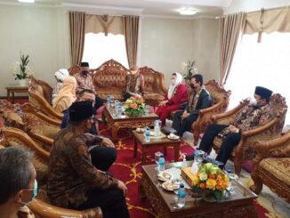 Pertemuan Gubernur Sumbar dengan Komisi VIII DPR RI.
