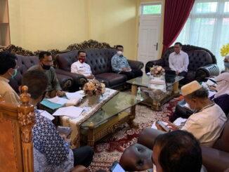 Rapat penanganan covid 19 di rumah dinas Wabup.Limapuluh Kota.