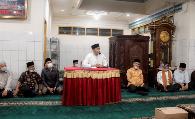 Wagub Audy Joinaldy saat memberi sambutan.
