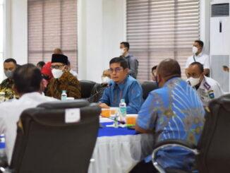 Walikota Sawahlunto Deri Asta, SH saat memberikan usulan mengaktifkan kembali kereta api.