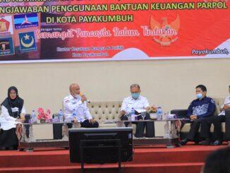 Bimtek pengelolaan keuangan yang dilaksanakan Pemko Payakumbuh untuk partai politik.