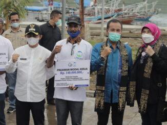 Dirjen Penguatan Daya Saing Produk Kelautan dan Perikanan, Artati Widiarti, melaksanakan kunjungan kerja di Pesisir Selatan.