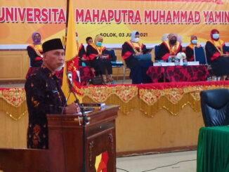 Gubernur Mahyeldi saat memberi kuliah umum.