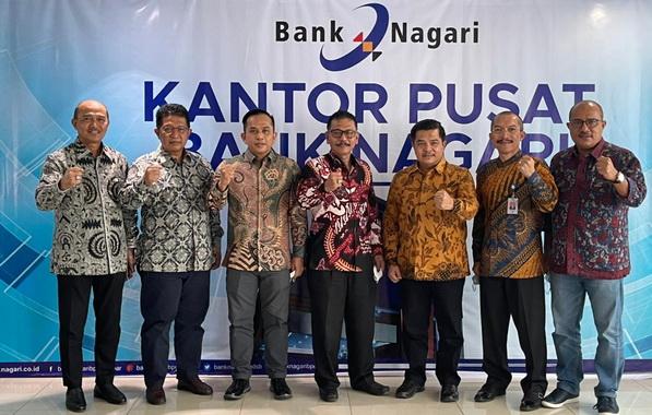 Manajemen Bank Nagari.