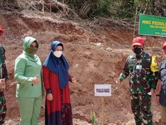 Penanaman pohon di lokasi TMMD 111 Limapuluh Kota.