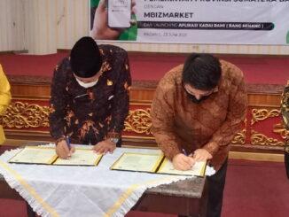 Penandatanganan kerjasama Pemprov Sumbar dengan Mbizmarketplace.