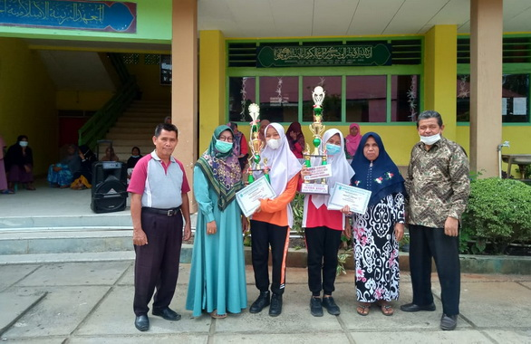 Pengambilan raport di PSA Sulit Air.