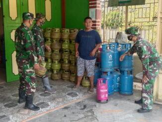 Personil Satgas TMMD kunjungi tempat pangkalan Gas di lokasi TMND Nagari Talang Maur dan Maek.