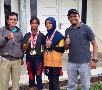 Siswi SMPN 4 yang mewakili kota Payakumbuh ke Poda Sumbar 2021.