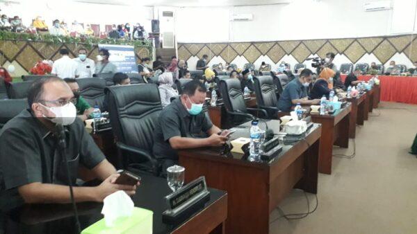 Suasana rapat Paripurna DPRD Kota Padang.