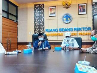 Wakil Walikota Sawahlunto saat menemui Rektor UNP.