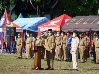 Wako Ernan safar pimpin apel gabungan seluruh ASN di Pemko Bukittinggi.