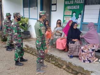 Anggota Satgas TMMD kunjungi Pustu jorong Talang, Nagari Talang Maur.