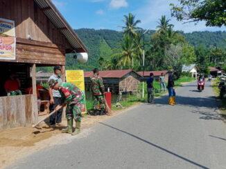 Goro membersihksn lingkungan posko PPKM talang Maur.