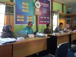 Pengukuhan Gabungan Perkumpulan Petani Pemakai Air (GP3A) Batang Pulan Saiyo di Aula Kantor Wali Nagari setempat.