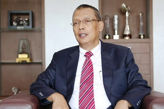 Prof Dr Tafdil Hunsi, SE, MA.