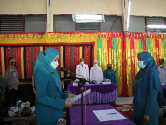 Serah terima Ketua TP PKK Kec. X Koto Singkarak.