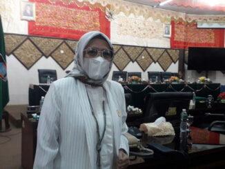 Irawati Meuraksa.