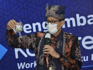 Menparekraf Sandiga Uno saat memberi sambutan.