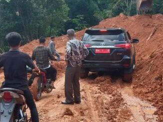 Pembangunan jalan Matuse.