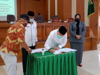 Penandatanganan kesepakatan KUA PPS APBD Payakumbuh 2022.