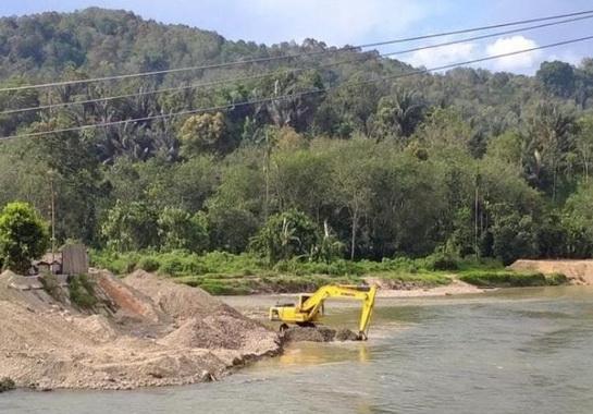 Proyek pembangunan pengendalian banjir Batang Suliti Muara Labuh, Solok Selatan.