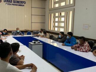 Rapat persiapan HUT RI di Diskominfo Payakumbuh.