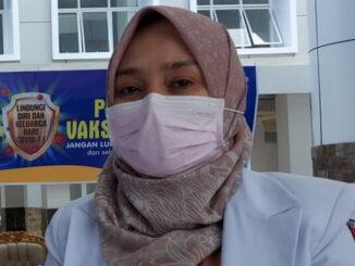 Sekretaris Dinas Kesehatan Bukittinggi dr.Vera.