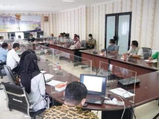 Silaturrahmi bupati Eka Putra dengan Kepala Balai Prasarana Permukiman Wilayah Sumatera Barat.