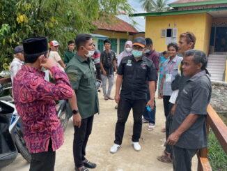 Wabup Jon Firman Pandu saat menghadiri Mancing Ikan Larangan di Kayu Samuk.