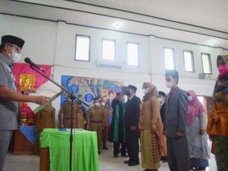Walikota Deri Asta saat pelantikan 11 orang pejabat di lingkungan Pemko Sawahlunto.