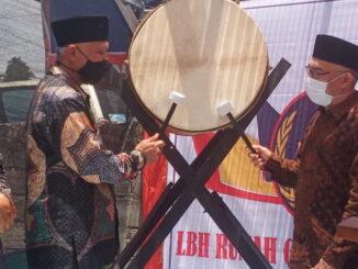 Gubernur Mahyeldi saat peresmian LBH Rumah Gadang Bagonjong di Tanah Datar,