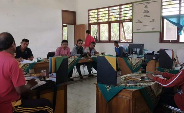 Kunjungan kerja BPD Desa Goiso'oinan kedesa Nemnemleleu kecamatan Sipora Selatan..