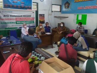 Pertemuan silaturahmi Plt Kadis Kesehatan Bukittinggi didampingi Sekretaris Dinkes dengan sejumlah wartawan yang tergabung di Sekretariat PWI Bukittinggi.