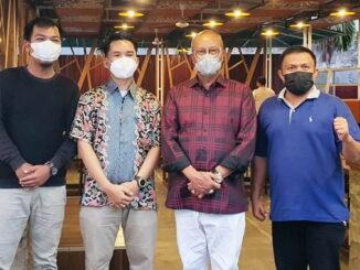 Reza bersama Ketua DPW PKPS Sumbar.