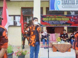 Walikota Sawahlunto, Deri Asta, S.H memberikan sambutan dalam Diksar Koti MPC Pemuda Pancasila.