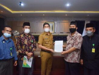 Walikota Sawahlunto bersama Pengurus BAZNas Kota Sawahlunto.
