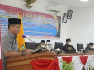 Arianto dari Fraksi PPP A menyampaikan pandangan umum terhadap tiga Ranperda yang diajukan Pemda.