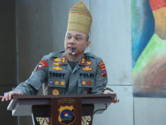Kapolda Sumbar Irjen Pol Teddy Minahasa Putra, SH, S.IK.