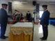 Mawardi Roska membacakan fakta integritas sebagai sekda kabupaten Pesisir Selatan.