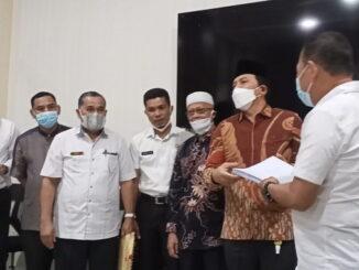 Pansel Capim Baznas Kota Payakumbuh bersama sebagian peserta seleksi.