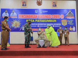 Salah satu giat vaksinasi di Payakumbuh.