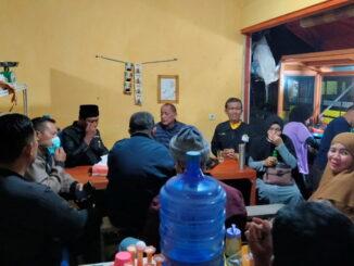Syafrizal Ucok saat bersilaturrahmi dengan pengurus PKPS Kota Bukittinggi.